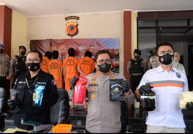Polres Bogor dan Direktorat Narkoba Polda Jabar, Berhasil Bekuk Jaringan Pengedar Narkoba Jenis Tembakau Sintetis